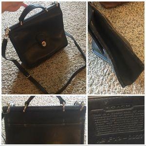 COACH Vintage Willis Shoulder Bag 9927